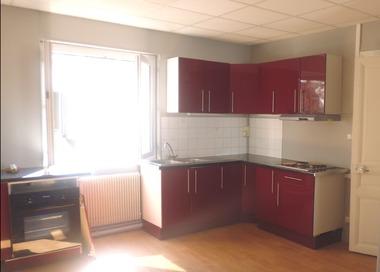 Location Appartement 3 pièces 72m² Bellerive-sur-Allier (03700) - photo