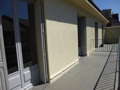 Location Appartement 2 pièces 59m² Saint-Étienne (42000) - Photo 10