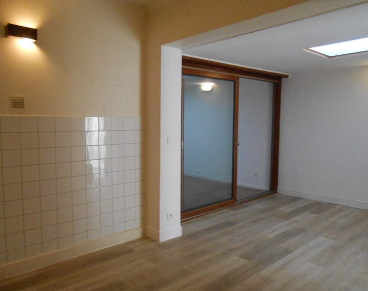 Location Appartement 3 pièces 46m² Chauny (02300) - photo