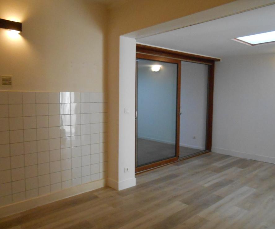 Location Appartement 3 pièces 46m² Chauny (02300) - photo