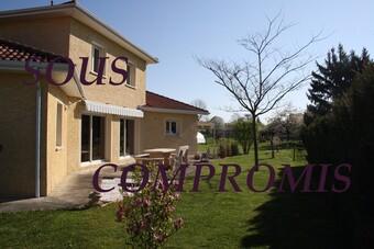 Vente Maison 5 pièces 158m² Saint-Étienne-de-Saint-Geoirs (38590) - Photo 1