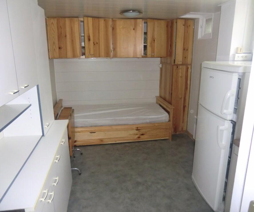 location appartement 1 pi ce goncelin 38570 227835. Black Bedroom Furniture Sets. Home Design Ideas