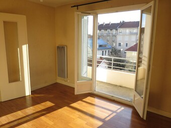 Location Appartement 1 pièce 28m² Grenoble (38100) - photo 2