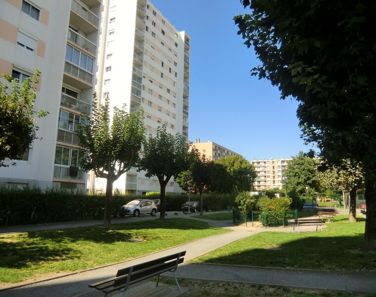 Location Appartement 5 pièces 87m² Sassenage (38360) - photo