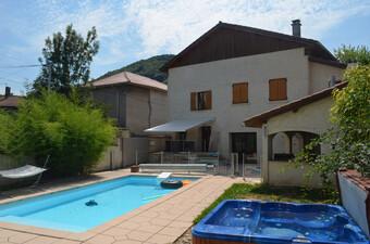 Vente Maison 7 pièces 200m² Beaucroissant (38140) - Photo 1