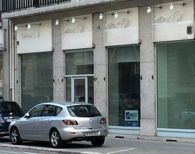 Location Local commercial 3 pièces 212m² Grenoble (38000) - photo