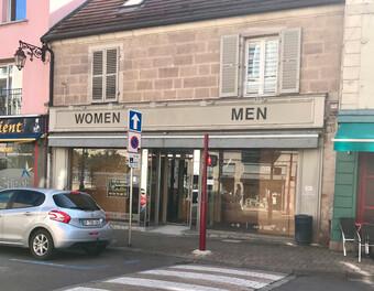 Location Local commercial 3 pièces 100m² Luxeuil-les-Bains (70300) - Photo 1