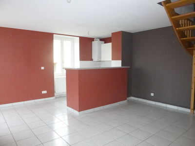 Location Appartement 3 pièces 63m² Saint-Marcellin-en-Forez (42680) - photo