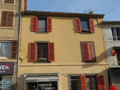 Vente Immeuble Billom (63160) - photo
