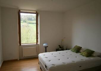 Location Appartement 60m² Bourg-de-Thizy (69240) - photo 2