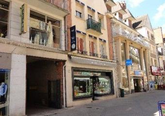 Vente Immeuble 10 pièces 250m² Gien (45500) - photo
