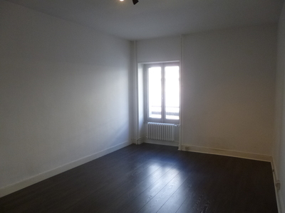 Location Appartement 2 pièces 62m² Saint-Étienne (42000) - Photo 8