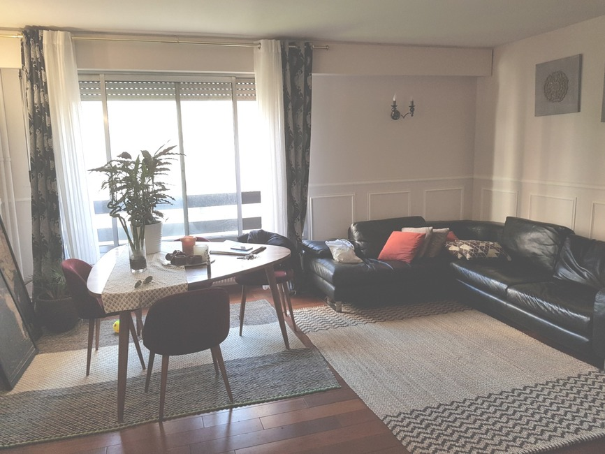 Sale Apartment 4 rooms 74m² Paris 19 (75019) - photo