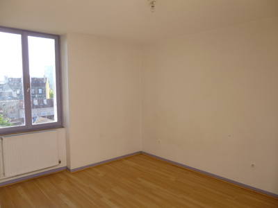 Location Appartement 3 pièces 56m² Saint-Étienne (42000) - Photo 6
