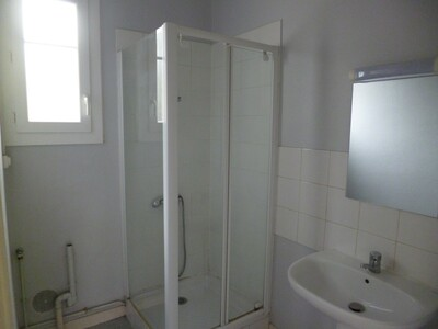 Location Appartement 3 pièces 74m² Pau (64000) - Photo 8