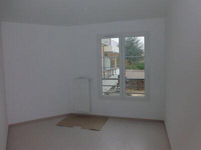Location Appartement 4 pièces 78m² Savigneux (42600) - Photo 12