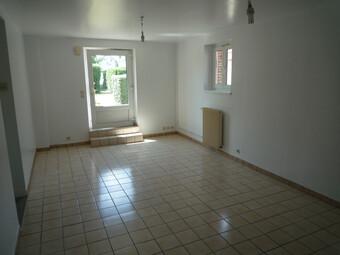 Location Appartement 3 pièces 64m² Ézy-sur-Eure (27530) - photo 2