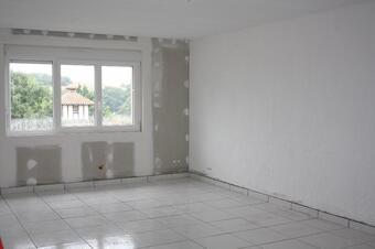 Location Appartement 3 pièces 78m² Savignac-Mona (32130) - photo 2