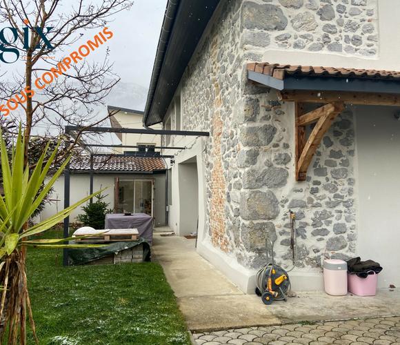 Vente Maison 5 pièces 85m² Saint-Nazaire-les-Eymes (38330) - photo