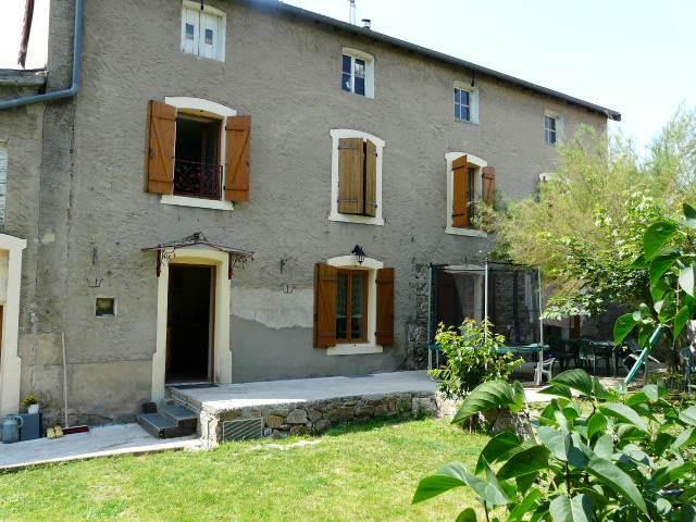 Location Maison 130m² Bourg-de-Thizy (69240) - photo