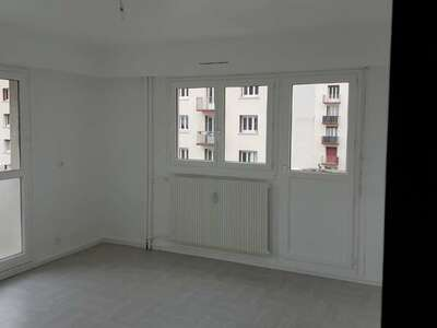 Location Appartement 2 pièces 46m² Saint-Étienne (42100) - Photo 8