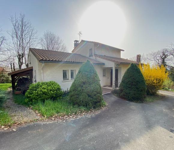 Vente Maison 7 pièces 197m² Castelginest (31780) - photo