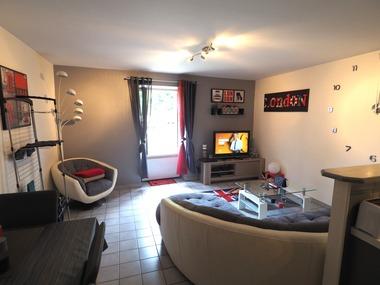 Location Appartement 2 pièces 44m² Pont-en-Royans (38680) - photo