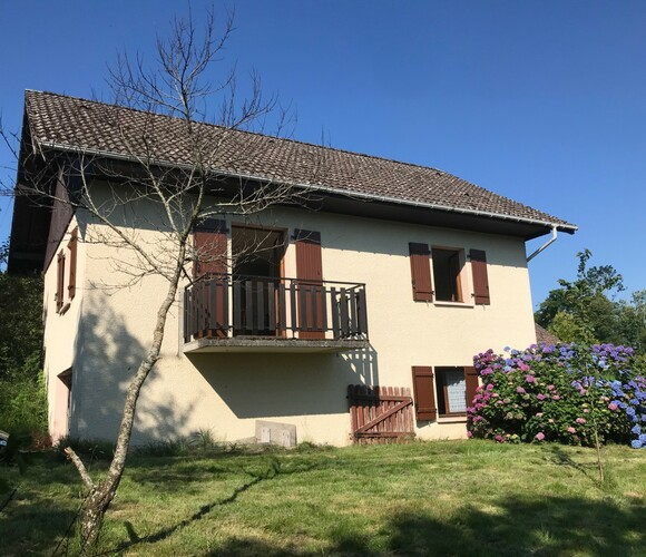Vente Maison 4 pièces 80m² SUD DU LAC D'AIGUEBELETTE - photo