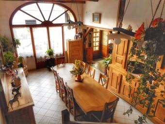 Vente Maison 7 pièces 195m² Vy-le-Ferroux (70130) - Photo 1