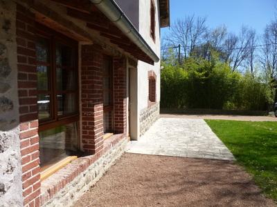 Location Maison 4 pièces 107m² Grézieux-le-Fromental (42600) - Photo 3
