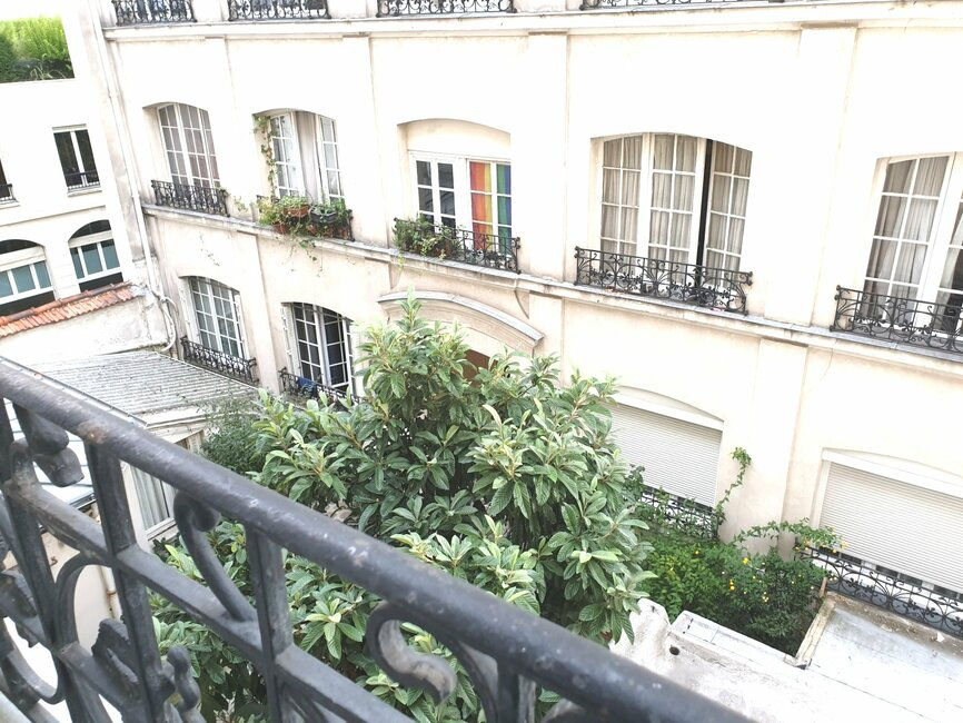 Sale Apartment 1 room 14m² Paris 10 (75010) - photo