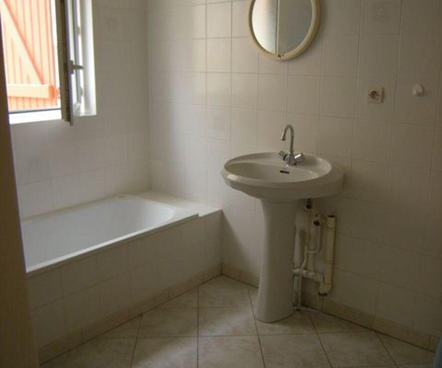 Location Appartement 1 pièce 31m² Pacy-sur-Eure (27120) - photo