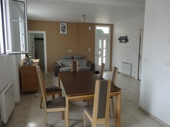 Location Appartement 4 pièces 96m² Cambo-les-Bains (64250) - Photo 1