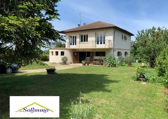 Vente Maison 6 pièces 100m² Les Abrets (38490) - Photo 1