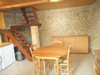 Location Appartement 2 pièces 40m² Jouques (13490) - photo