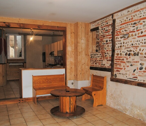 Sale House 7 rooms 130m² 15MN LOMBEZ - photo