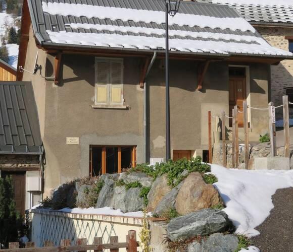 Sale House 5 rooms 95m² Auris (38142) - photo