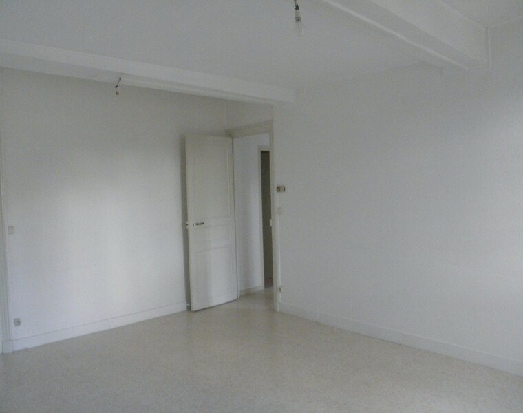 Location Appartement 73m² Charlieu (42190) - photo