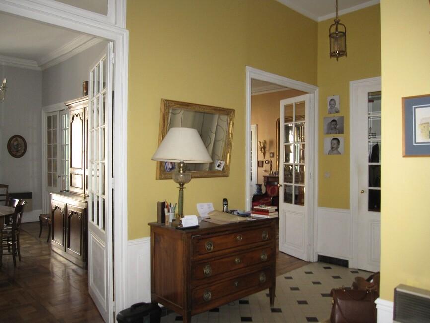 vente appartement 5 pi ces grenoble 38000 457930. Black Bedroom Furniture Sets. Home Design Ideas