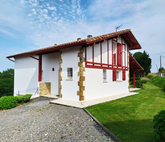 Vente Maison 6 pièces 165m² Hasparren (64240) - photo