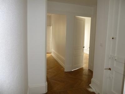 Location Appartement 3 pièces 61m² Saint-Étienne (42000) - Photo 6