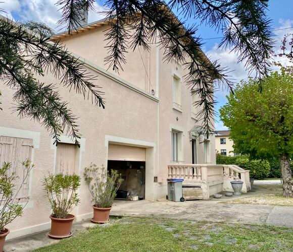 Vente Maison 15 pièces 300m² Romans-sur-Isère (26100) - photo