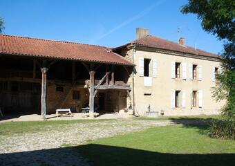 Sale House 7 rooms 230m² SECTEUR L'ISLE EN DODON - photo