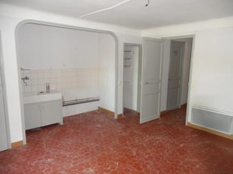Location Appartement 2 pièces 41m² Jouques (13490) - photo
