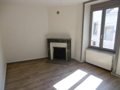 Location Maison 7 pièces 135m² Saint-Jean-des-Ollières (63520) - Photo 5
