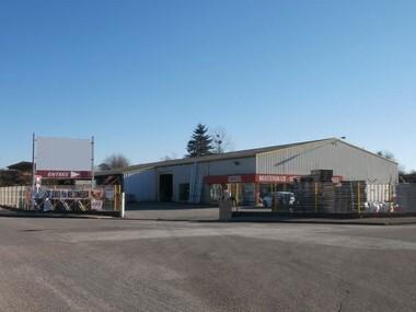 Vente Local commercial 1 740m² Luxeuil-les-Bains (70300) - photo
