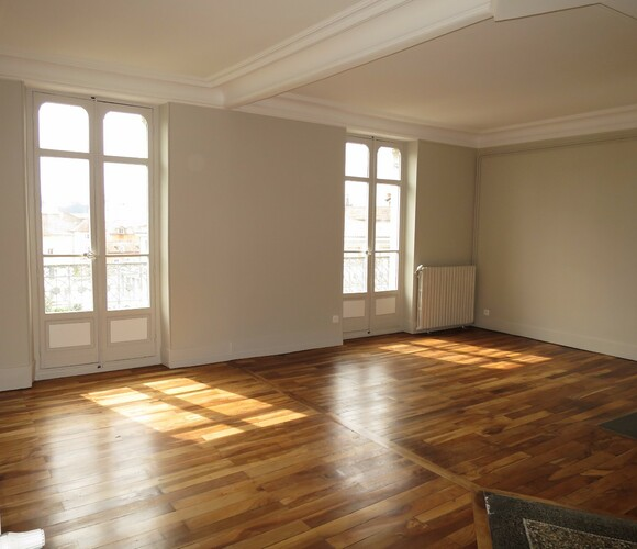 Location Appartement 6 pièces 123m² Grenoble (38000) - photo