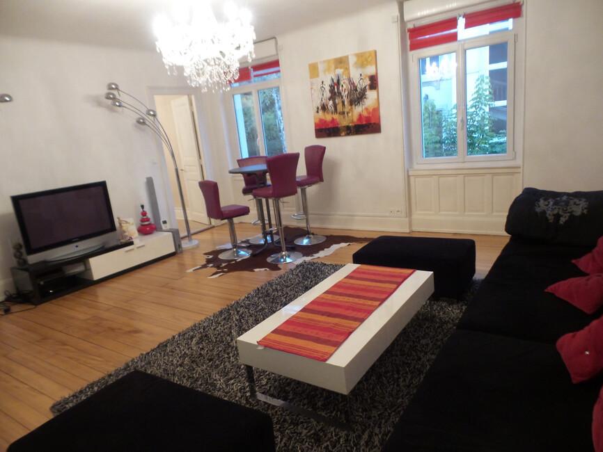Vente appartement 6 pi ces mulhouse 68100 303218 for Chambre de commerce mulhouse