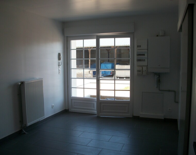 Location Appartement 2 pièces 33m² Villequier-Aumont (02300) - photo