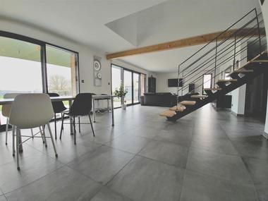 Vente Maison 8 pièces 190m² Mont-Saint-Éloi (62144) - photo